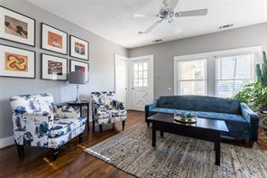 4625 Worth, Dallas, TX, 75246