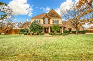 105 Bent Oak Dr, Krugerville, TX 76227