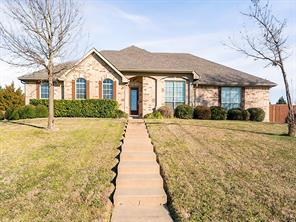 126 wooded creek dr, red oak, TX 75154