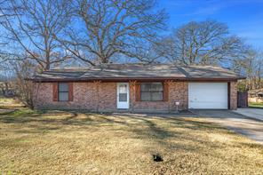 203 short st, canton, TX 75103