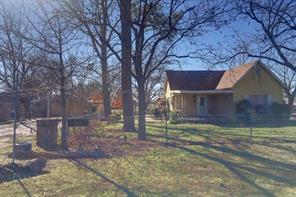 303 W Roberts St, Bryson, TX 76427