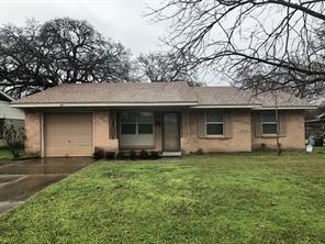 1042 shadow wood ln, lewisville, TX 75067