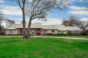 1127 NE County Road 2120, Powell, TX 75153
