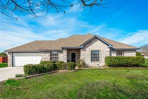 1090 Overland Dr, Lowry Crossing, TX 75069