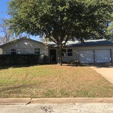 408 yorkshire dr, euless, TX 76040