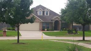 7 Stonegate Dr, Edgecliff Village, TX 76134