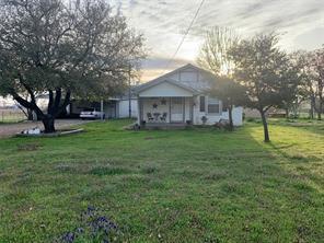 1938 Grayson Rd, Nocona, TX 76255