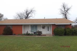 922 W Lake Dr, Hamlin, TX 79520
