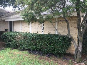 3307 Ambassador Row, Dalworthington Gardens, TX 76013