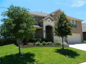 5 Mapleridge Dr, Edgecliff Village, TX 76134