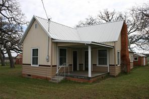 582 Montgomery Rd, Mineral Wells, TX 76067