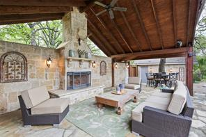 527 Summit Dr, Copper Canyon, TX 75077