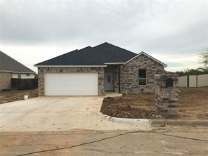 700 Holiday Hill, Mineral Wells, TX, 76067