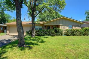 109 Sunnyvale, Hurst TX 76053