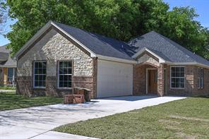 223 E Hammond Ave, Lancaster, TX 75146