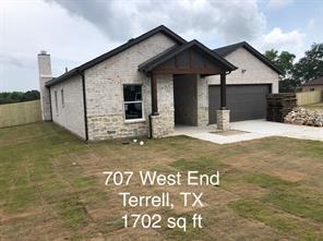 703 West End, Terrell TX 75160