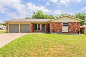 6617 Trailwood Dr, Forest Hill, TX 76140