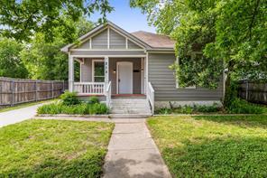 818 Woodin, Dallas TX 75216