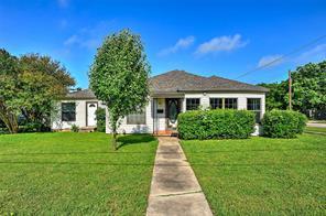 1025 Throckmorton, Gainesville TX 76240