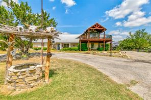 555 Anglers Pt, Bluff Dale, TX 76433