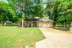 115 Pleasant Oaks, Springtown, TX, 76082