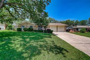 404 Yorkshire, Euless TX 76040