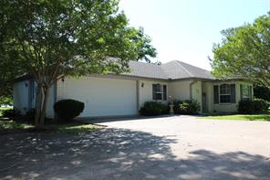 715 Rs County Road 1531, Point, TX 75472