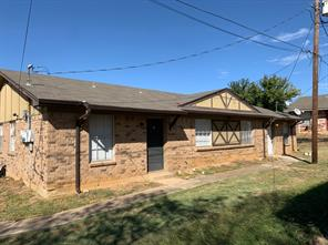 217 Pine Meadow Dr, Kennedale, TX 76060