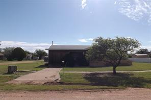 111 SW Avenue G, Hamlin, TX 79520