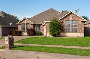 2802 Park, Ennis TX 75119