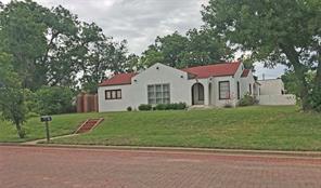 702 Wells, Stamford, TX, 79553