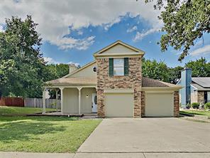 211 Wooddale, Euless TX 76039