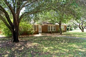 303 Live Oak, Jacksboro TX 76458