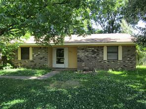 519 W 7th St, Clarksville, TX 75426