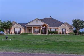500 Hunters Meadow Dr, Lorena, TX 76655