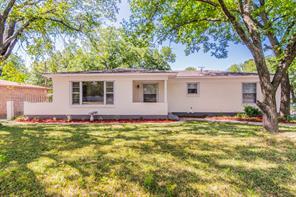 5217 Barbara Rd, River Oaks, TX 76114