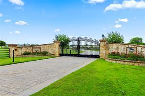 1051 Porter Rd, Bartonville, TX 76226