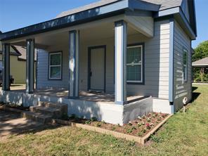 110 Holcombville Rd, Tom Bean, TX 75491