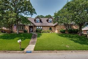824 Highwoods, Fort Worth TX 76112