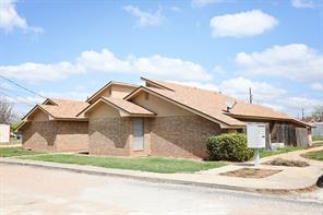 100 S Murray, Winters, TX 79567