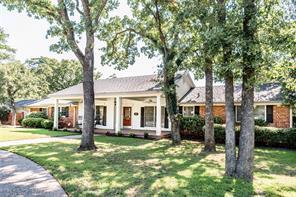 211 Oaklawn Ave, Nocona, TX 76255