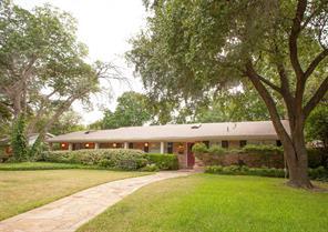 4208 Plantation, Benbrook TX 76116