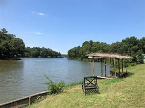 137 Sandy Lake Rd, Scroggins, TX 75480