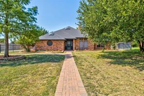 815 Shady Creek, Kennedale TX 76060