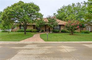 27 Royal Oaks Blvd, Hickory Creek, TX 75065