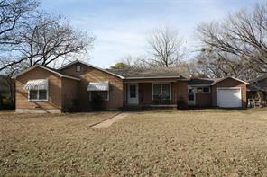 900 Mill, Bowie, TX, 76230