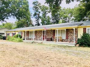 201 Old Sidney Rd, Comanche, TX 76442