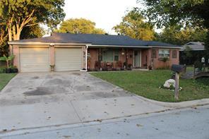 3916 Caddo Trl, Lake Worth, TX 76135