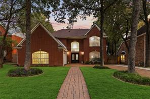 1813 Branch Hollow Ln, Grapevine, TX 76051