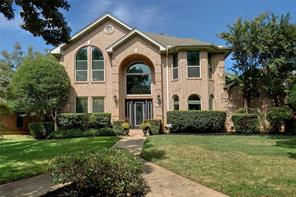 3036 Creekview Dr, Grapevine, TX 76051